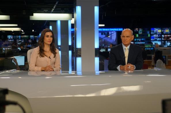 Ticiana Villas Boas e Ricardo Boechat na bancada do Jornal da Band
